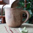 ベージュマグカップ